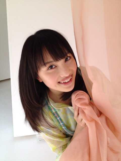 【画像】4月23日発売のUTBに掲載される百田夏菜子がかわいすぎる0
