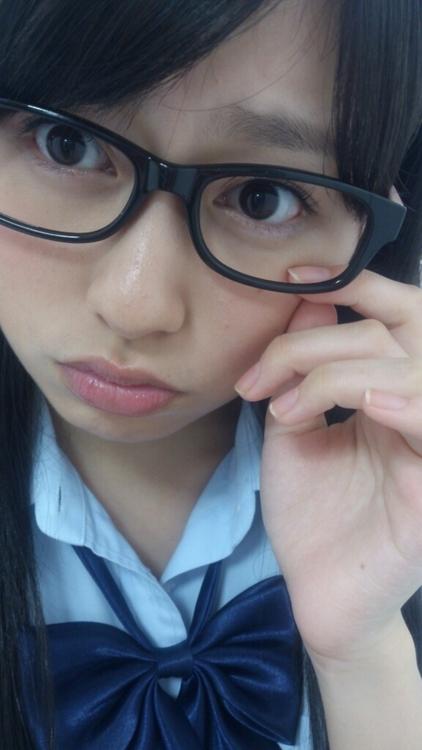 【ももクロ】佐々木彩夏のメガネ画像まとめ【画像】