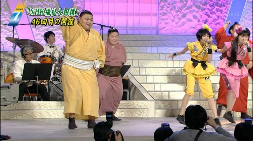 ももクロ NHK福祉大相撲
