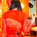 【ももクロ赤】ANGEL EYESのロゴが入っている百田夏菜子のメレンゲの衣装が話題に!0
